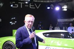 Don Panoz presenta el Panoz Racing GT-EV