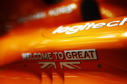 """Welcome to Great Britain"" branding on a McLaren MCL32"