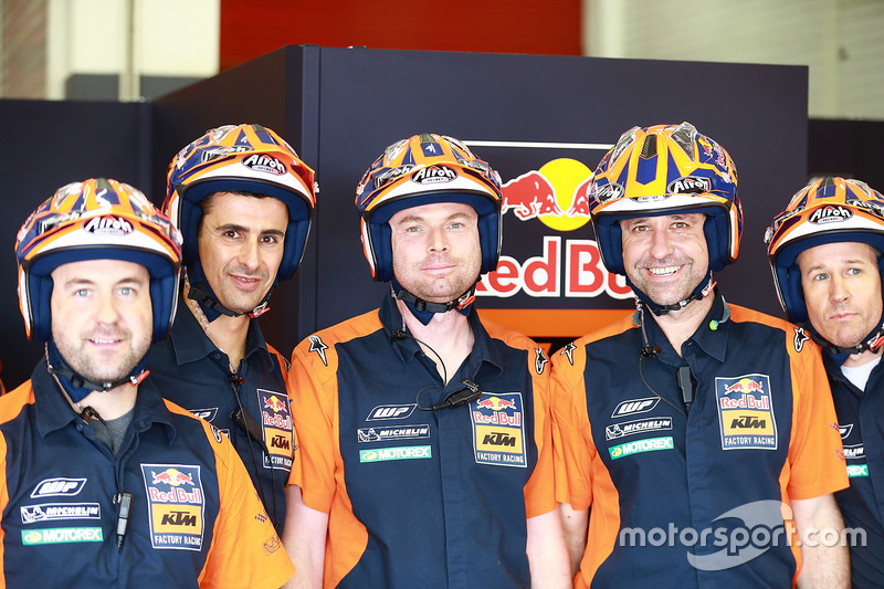 Red Bull KTM Factory Racing crew