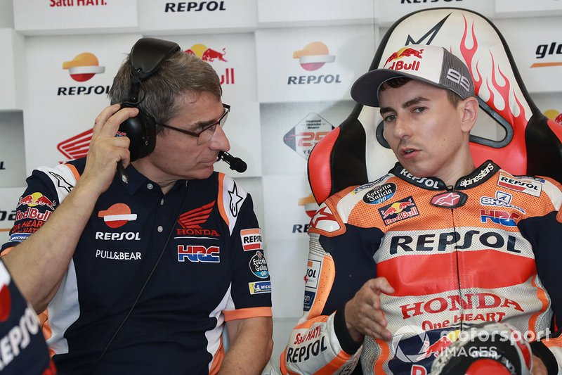 Jorge Lorenzo, Repsol Honda Team met zijn crew-chief