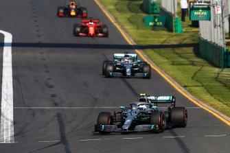Valtteri Bottas, Mercedes AMG W10, Lewis Hamilton, Mercedes AMG F1 W10, Sebastian Vettel, Ferrari SF90