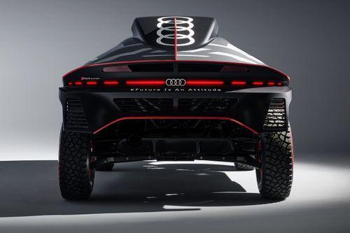 Presentazione Audi RS Q e-tron