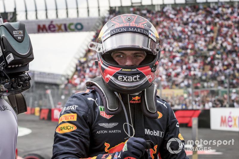 Le vainqueur Max Verstappen, Red Bull Racing