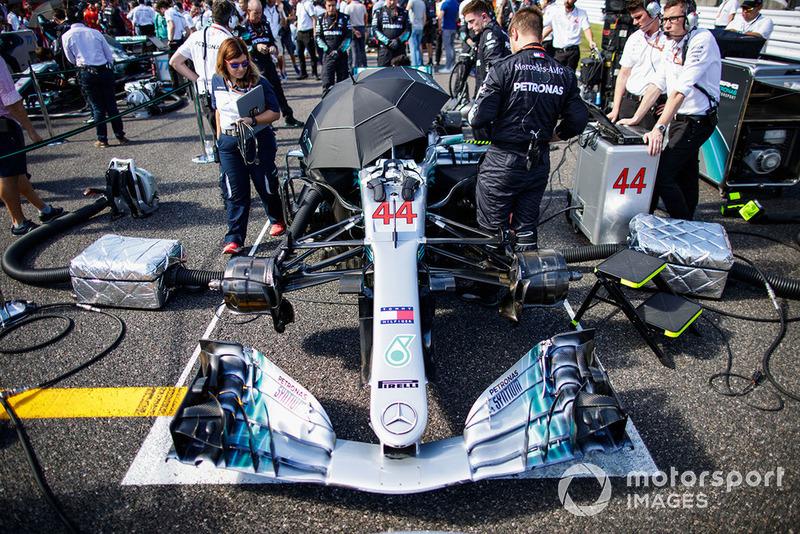 Cuidando la temperatura en el W09 de Lewis Hamilton