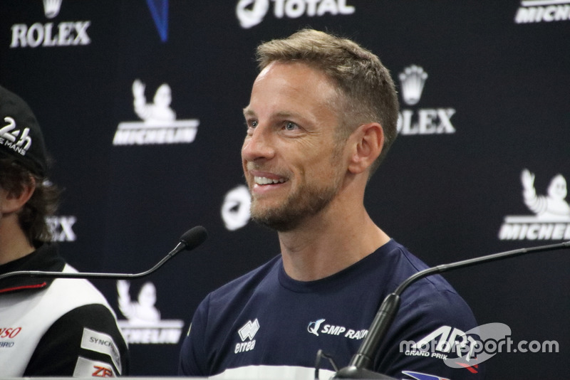 Jenson Button, SMP Racing BR Engineering BR1 en conferencia de prensa