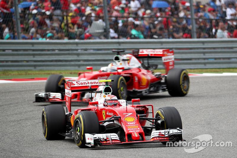 Кімі Райкконен, Scuderia Ferrari SF16-H випереджає Себастьяна Феттеля, Scuderia Ferrari SF16-H