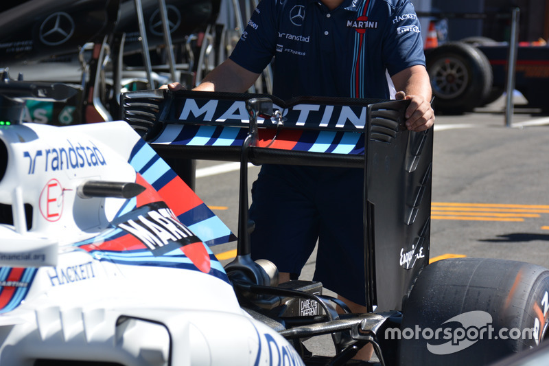 Rear wing, Williams FW38