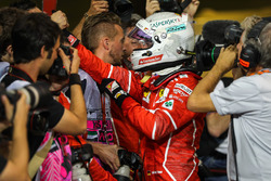 Sebastian Vettel, Ferrari festeggia nel parco chiuso