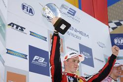 Podium: second place Joel Eriksson, Motopark Dallara F317 - Volkswagen