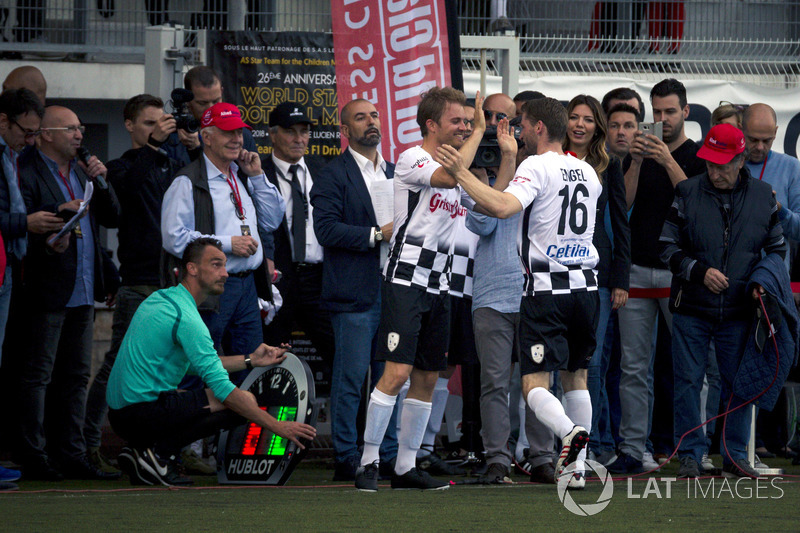 Nico Rosberg, Ambasciatore Mercedes-Benz e Maro Engel
