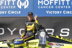 Ganador de la carrera Sébastien Bourdais, Dale Coyne Racing with Vasser-Sullivan Honda