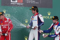 Podio: ganador de la carrera Pedro Piquet, Tridente, segundo lugar Giuliano Alesi, Tridente, tercer lugar Ryan Tveter, Tridente