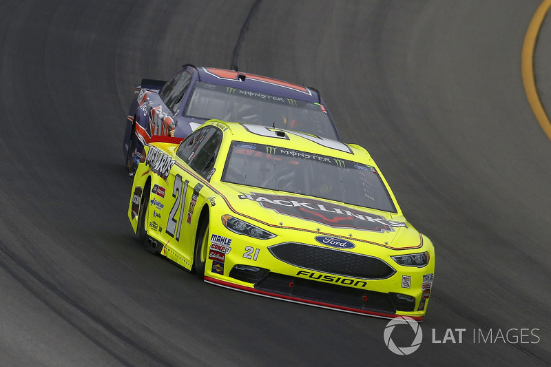 Paul Menard, Wood Brothers Racing, Ford Fusion Menards / Jack Links e Denny Hamlin, Joe Gibbs Racing, Toyota Camry FedEx Freight