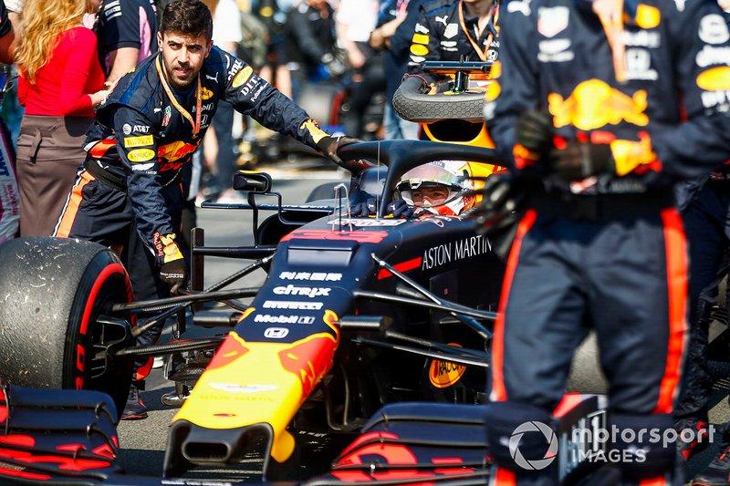 Max Verstappen, Red Bull Racing RB15, arriva in griglia di partenza
