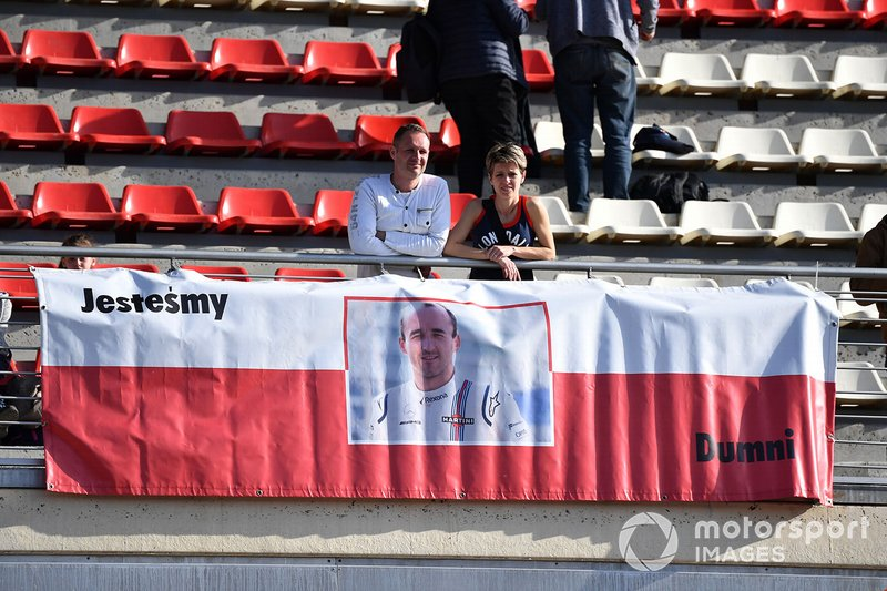 Fans banner for Robert Kubica, Williams Racing
