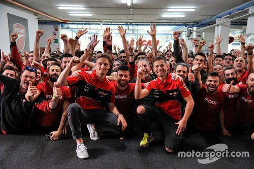 Celebraciones 350 victorias de Ducati