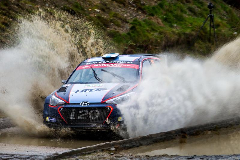 Jari Pekka Huttunen, Antti Juhani Linnaketo, Hyundai Motorsport Hyundai i20 R5 Fabien Dufour