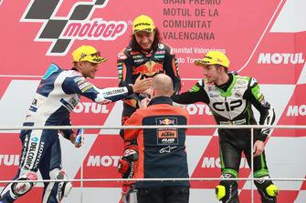 Podium: race winner Can Oncu, Red Bull KTM Ajo, second place Jorge Martin, Del Conca Gresini Racing, third place John McPhee, CIP Green Power, Aki Ajo, Ajo Motorsport Team Principal