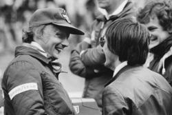 Niki Lauda, Brabham BT46-Alfa Romeo con Bernie Ecclestone