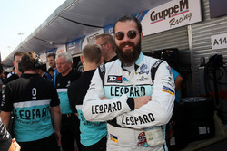 Стефано Комини, Leopard Racing Team Volkswagen Golf GTI