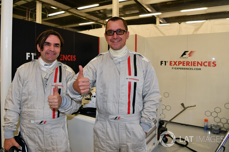 Adam Cooper, Journalist F1 Experiences 2-Seater passenger and Jonathan Noble, Journalist F1 Experiences 2-Seater passenger