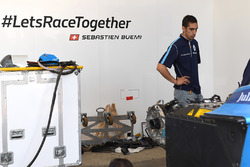 Sébastien Buemi, Renault e.Dams, in the garage