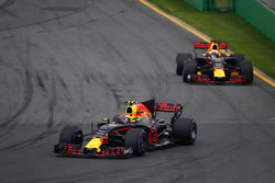 Max Verstappen, Red Bull Racing RB13, leads Daniel Ricciardo, Red Bull Racing RB13