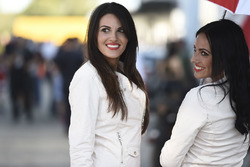 MotoGP 2017 Motogp-spanish-gp-2017-grid-girls