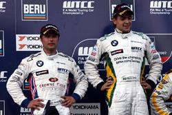 Podium: Andy Priaulx, BMW Team UK, BMW 320si, Augusto Farfus, BMW Team Germany, BMW 320si