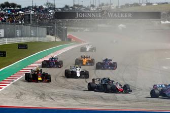 Kevin Magnussen, Haas F1 Team VF-18, Max Verstappen, Red Bull Racing RB14, Sergey Sirotkin, Williams FW41, Brendon Hartley, Toro Rosso STR13, Pierre Gasly, Scuderia Toro Rosso STR13, Stoffel Vandoorne, McLaren MCL33...