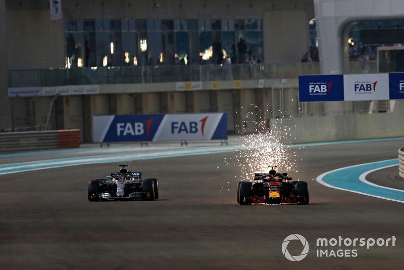 Lewis Hamilton, Mercedes AMG F1 W09 EQ Power+, Max Verstappen, Red Bull Racing RB14