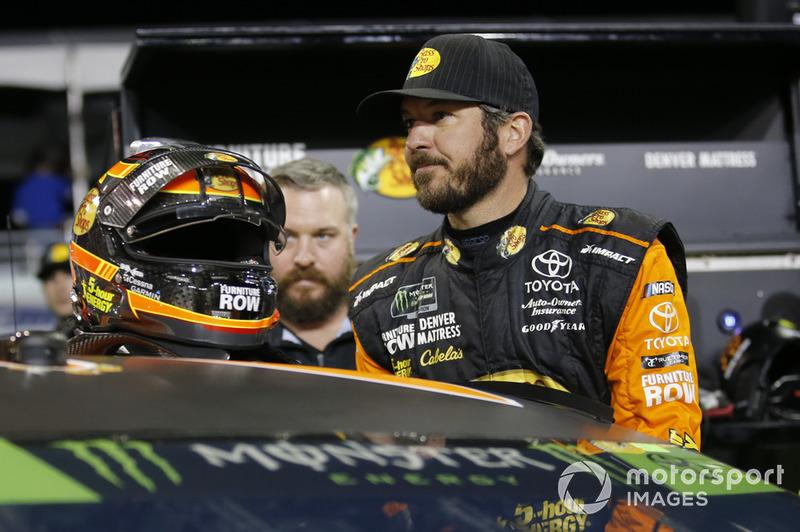 41: Martin Truex Jr: NASCAR Cup ikincisi