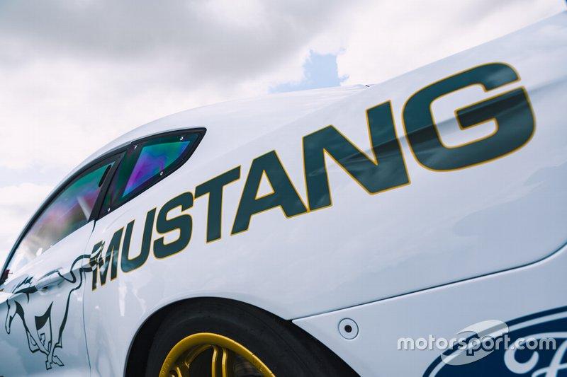 Ford Mustang Supercar
