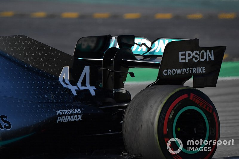 Заднє антикрило Mercedes-AMG F1 W10