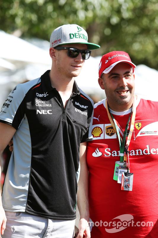Nico Hulkenberg, Sahara Force India F1 met fan