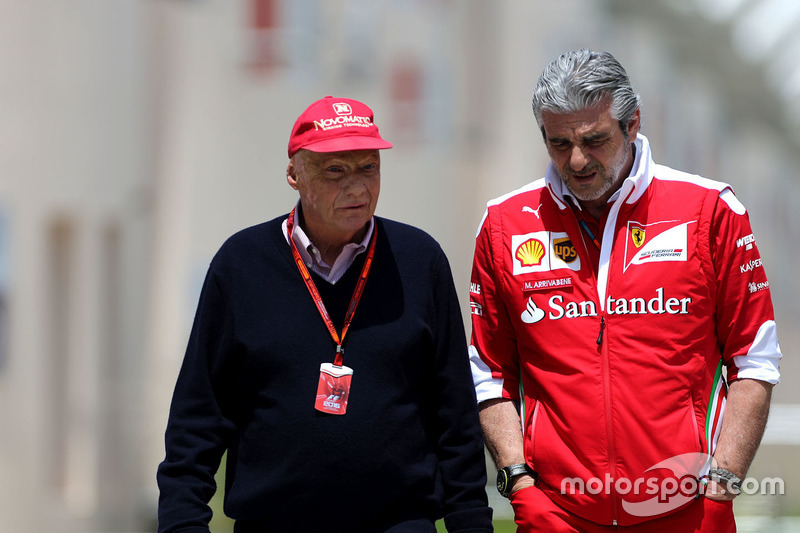 Niki Lauda, Mercedes Non-Executive Chairman and Maurizio Arrivabene, Ferrari Team Principal