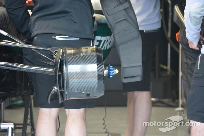 Mercedes AMG F1 W07 Hybrid brake detail