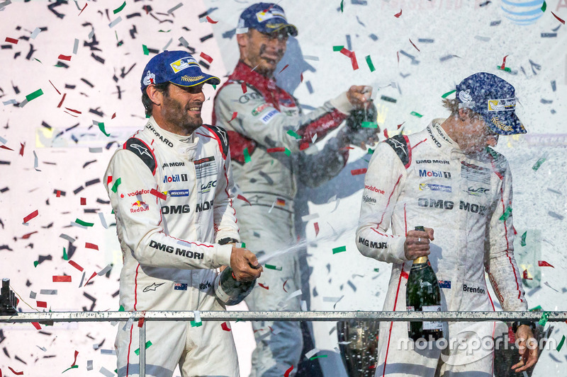 1st place overall winners #1 Porsche Team Porsche 919 Hybrid: Timo Bernhard, Mark Webber, Brendon Hartley