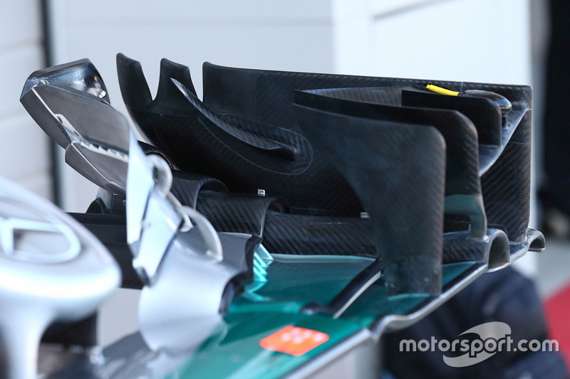 Mercedes AMG F1 Team W07 front wing detail