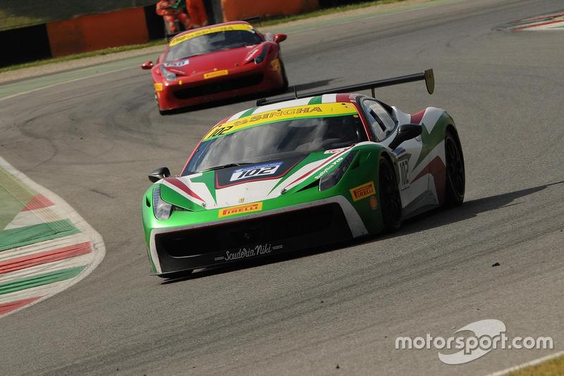 #102 Scuderia Niki, Ferrari 458: Claudio Schiavoni
