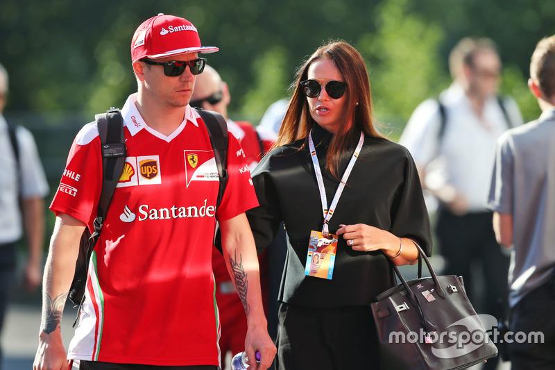 Kimi Raikkonen, Ferrari with his wife Minttu Raikkonen,