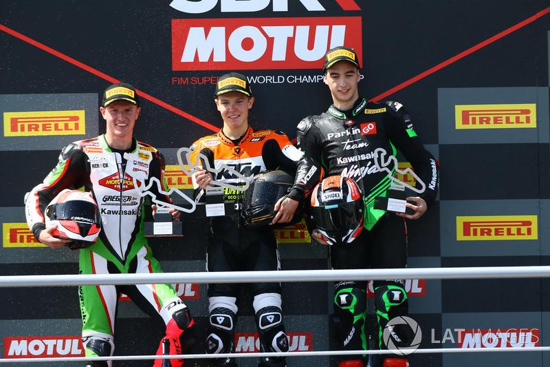 Podium : le vainqueur Koen Meuffels, le deuxième Scott Deroue, le troisième Mika Perez