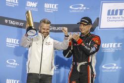 Podio: Tiago Monteiro, Honda Racing Team JAS, Honda Civic WTCC y Rob Huff, All-Inkl Motorsport, Citroën C-Elysée WTCC