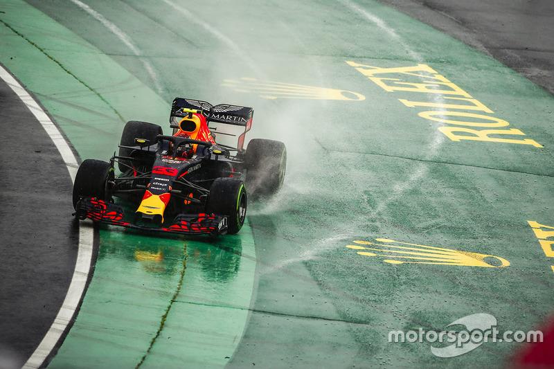 7: Max Verstappen, Red Bull Racing RB14, 1'38.032