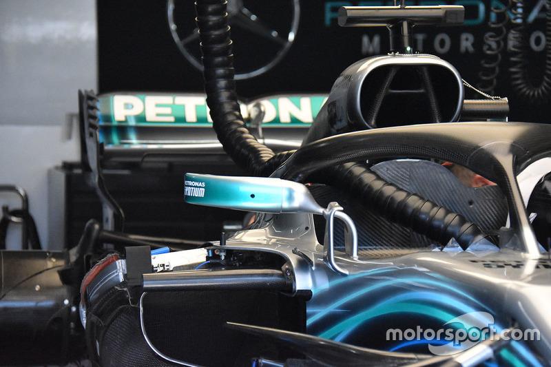 Mercedes AMG F1 W09 mirror detail
