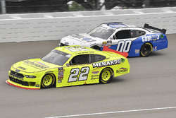 Paul Menard, Team Penske, Ford Mustang Menards/Richmond and Cole Custer, Stewart-Haas Racing, Ford M