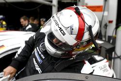 #190 Mercedes-AMG Team Driving Academy Mercedes-AMG GT4: Bernd Schneider