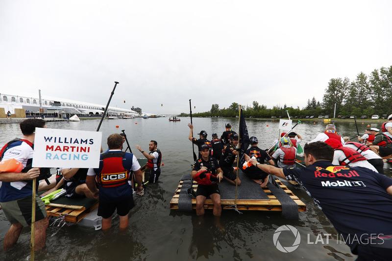 Williams і Red Bull Racing у гонці на плотах