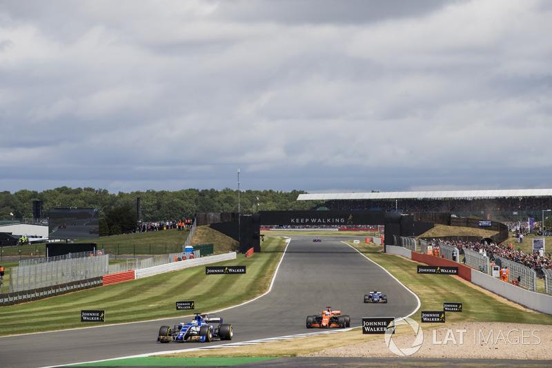 Маркус Ерікссон, Sauber C36, Фернандо Алонсо, McLaren MCL32