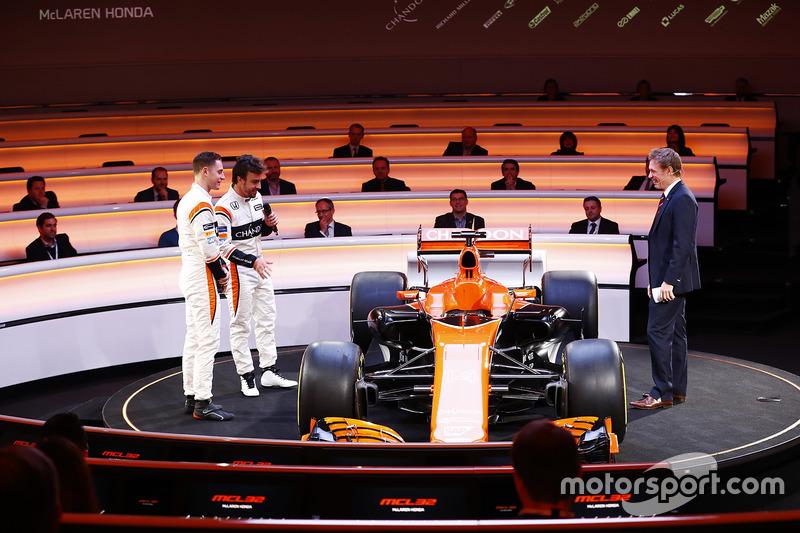 Fernando Alonso, McLaren, Stoffel Vandoorne, McLaren,